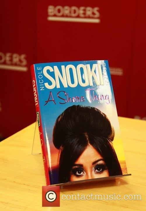 Atmosphere Nicole Polizzi AKA 'Snooki' attends her book...