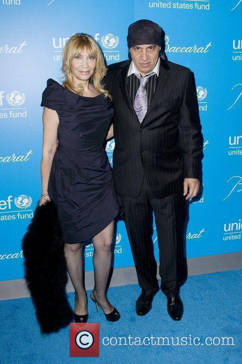 Steve Van Zandt and Unicef 2
