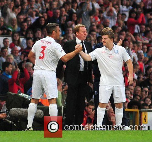Robbie Williams and Ricky Hatton 2010 Unicef Soccer...