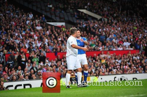 Robbie Williams and Louis Figo 3