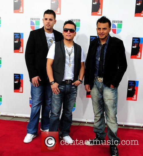 Alacranes Musical Latin artists appear to record 'Somos...