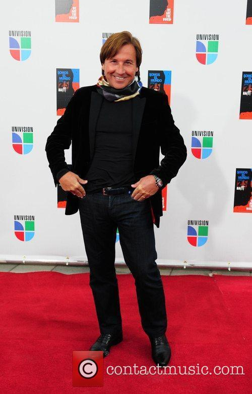 Ricardo Montaner  Latin artists appear to record...