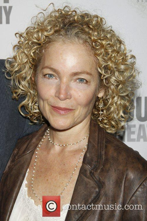 Amy Irving 11
