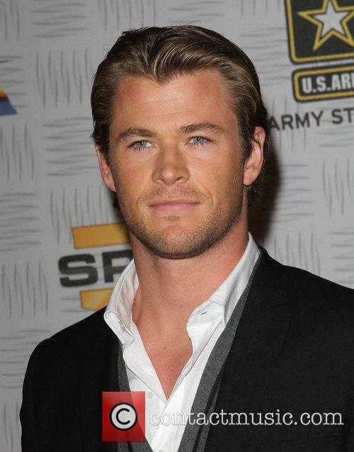 chris hemsworth married. Chris Hemsworth [Actor]