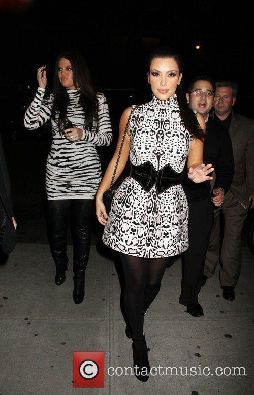 Khloe Kardashian and Kim Kardashian 7