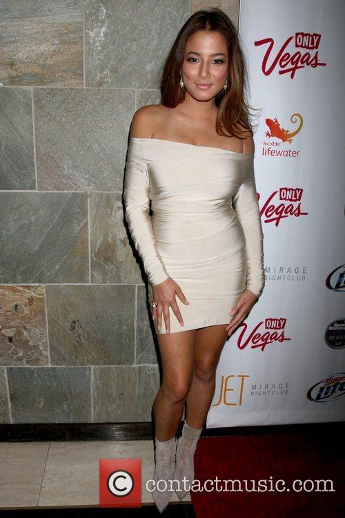 Jessica Gomes Sports Illustrated Swimsuit on location party...