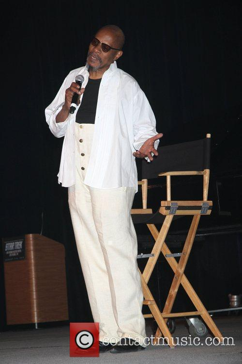 Avery Brooks, Las Vegas and Star Trek 1
