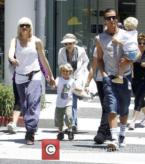 Singer Gwen Stefani and Gavin Rossdale 11