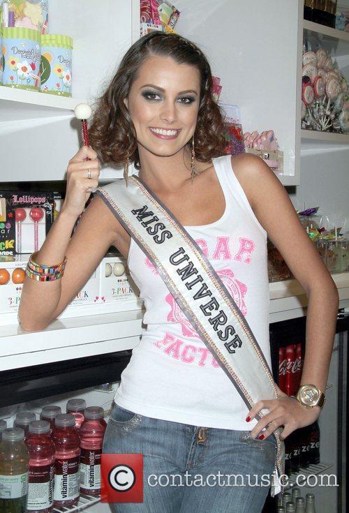 Stefania Fernandez and Las Vegas 6
