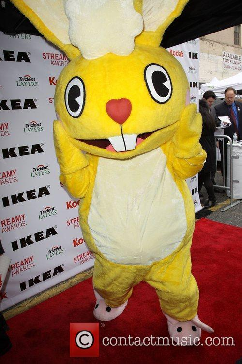 Cuddles from Happy Tree Friends 2nd Annual Streamy...