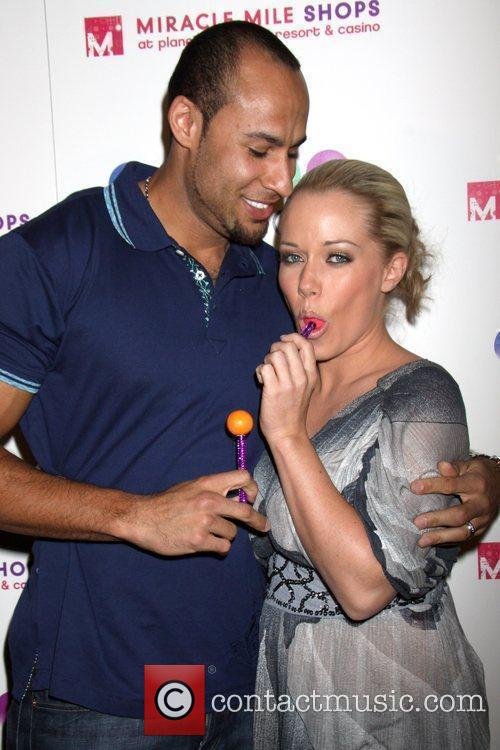 Hank Baskett 6