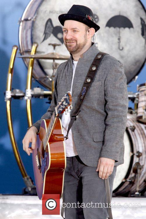 Kristian Bush Sugarland performing live on 'Good Morning...