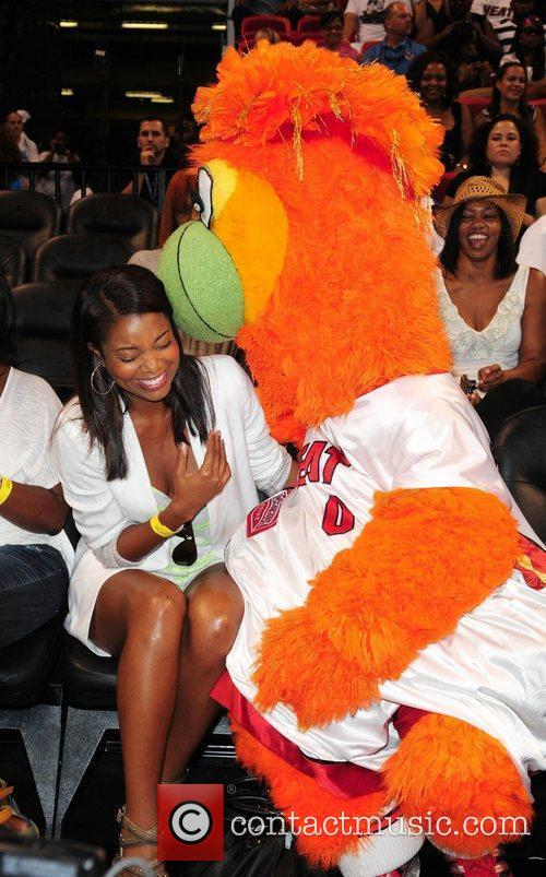Gabrielle Union at the 'Zo's Summer Groove' charity...