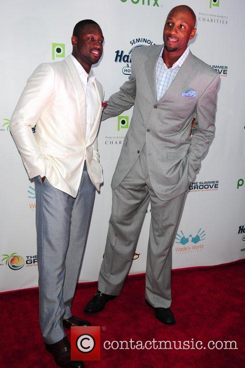 Dwyane Wade and Alonzo Mourning  Summer Groove...