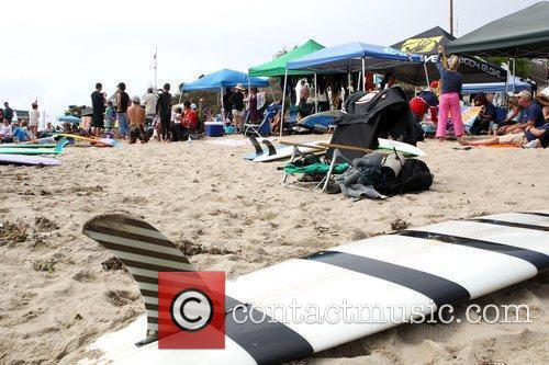 Atmosphere Surfrider Foundation's 5th Annual Celebrity Expression Session...