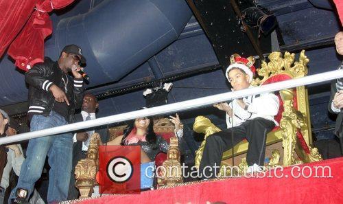 Sean Combs, Nicki Minaj and Justin Combs 7