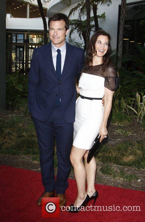 Jason Bateman and Amanda Anka arrive to the...