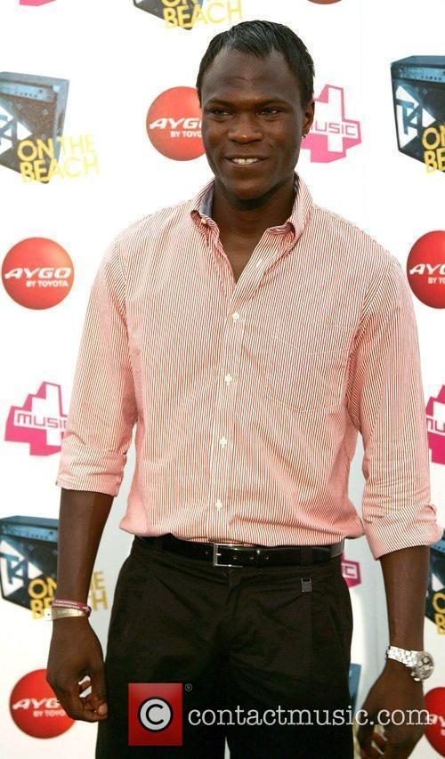 Brian Belo T4 On The Beach 2010 at...
