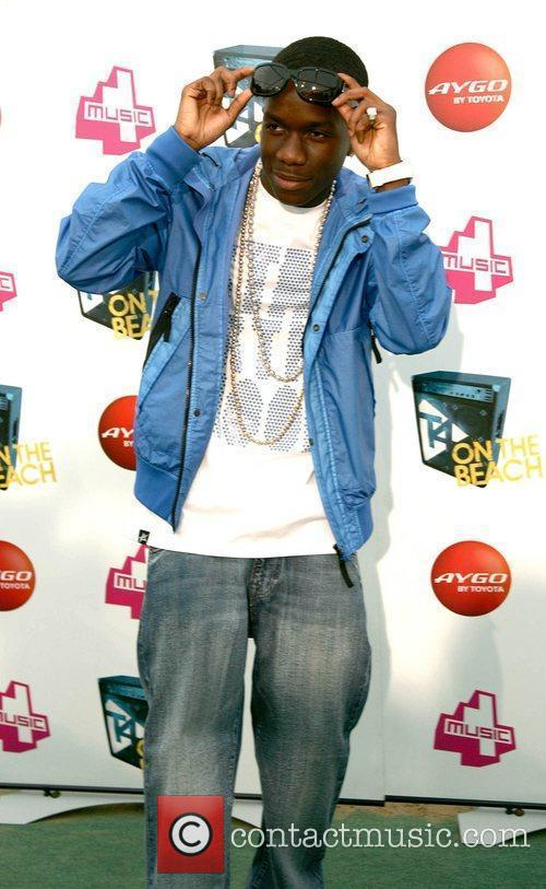 Tinchy Stryder T4 On The Beach 2010 at...