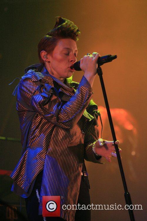 La Roux T in the Park 2010 music...