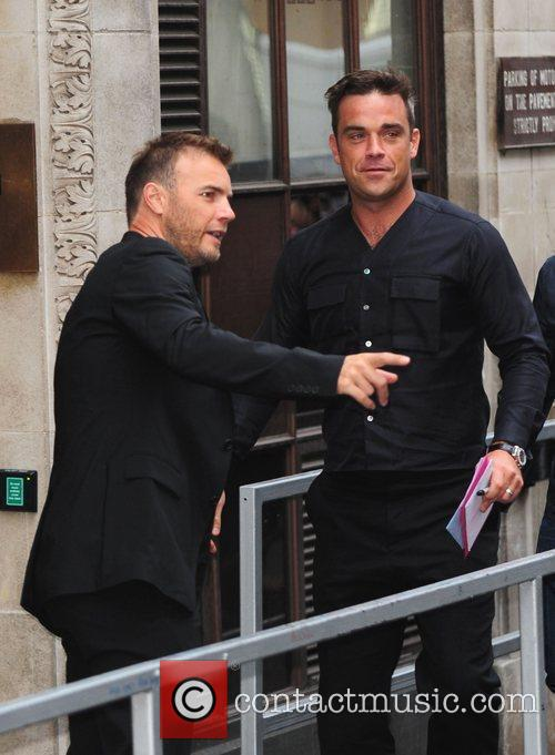 Take That, Chris Moyles, Gary Barlow and Robbie Williams 12