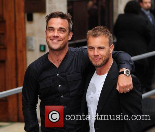 Take That, Chris Moyles, Gary Barlow and Robbie Williams 16