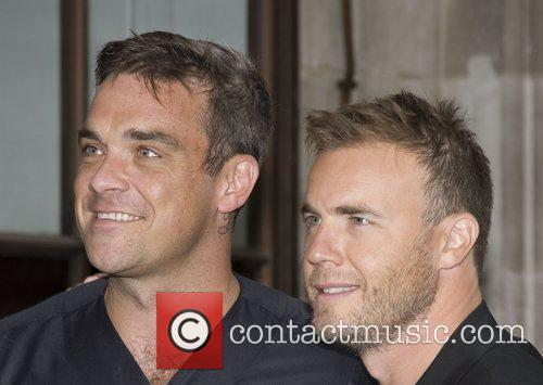 Take That, Chris Moyles, Gary Barlow and Robbie Williams 44