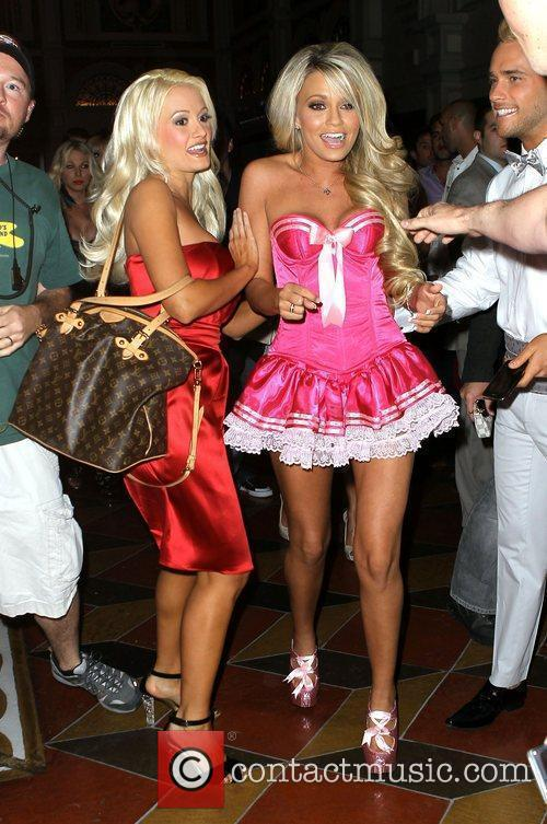 Holly Madison throws a 21st birthday party for...