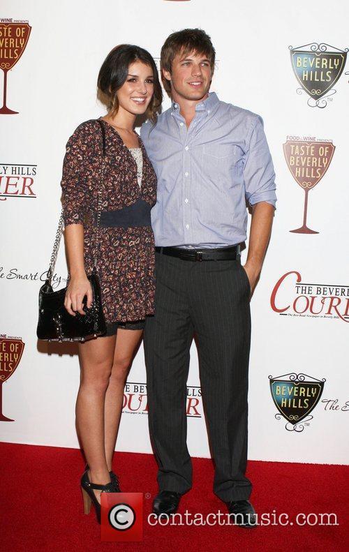 shenae grimes and matt lanter dating 2011