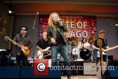 Robert Plant, Chicago and Los Lobos 10