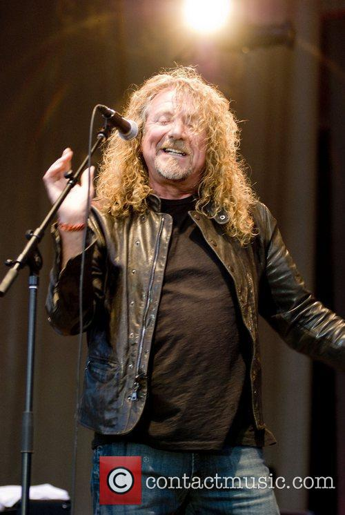 Robert Plant, Chicago and Los Lobos 3