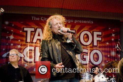 Robert Plant, Chicago and Los Lobos 8