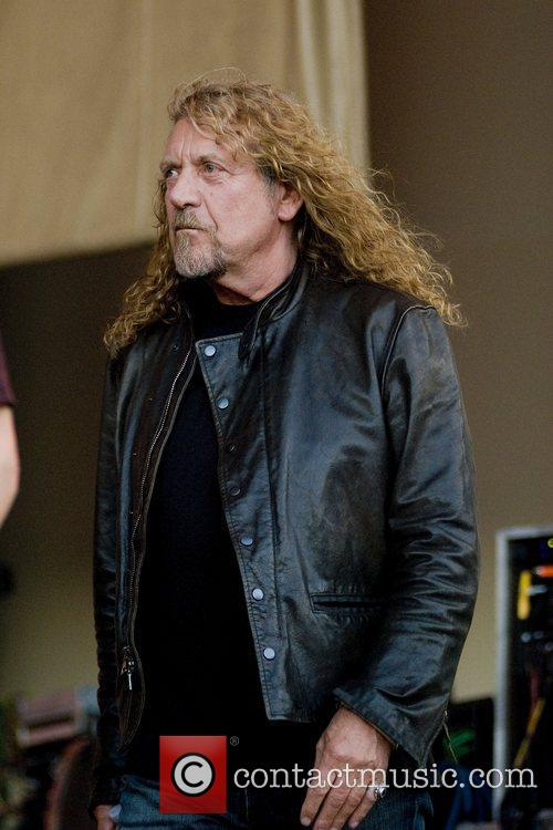 Robert Plant, Chicago and Los Lobos 2