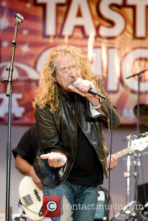 Robert Plant, Chicago and Los Lobos 16