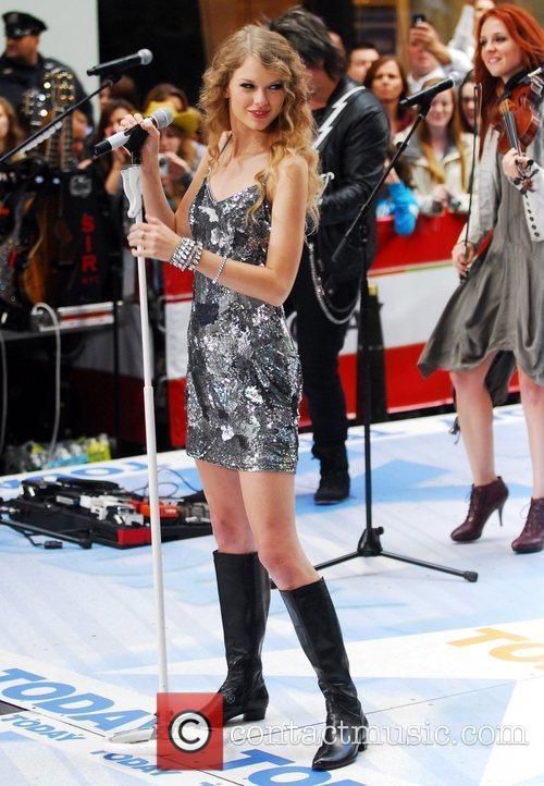 Taylor Swift 21