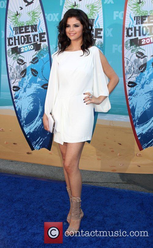 Selena Gomez and Teen Choice Awards 1