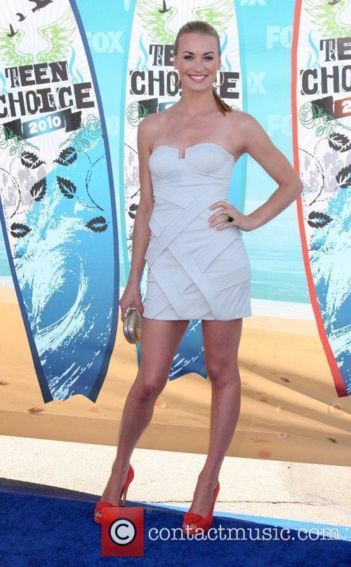 Yvonne Strahovski The 12th Annual Teen Choice Awards...