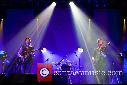 Tegan and Sara perform live at the Aragon...