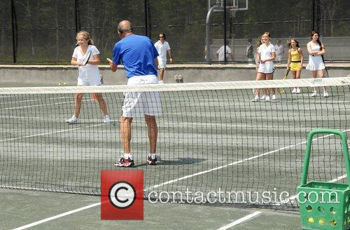 Tennis Family Day to benefit Ross school scholarships...
