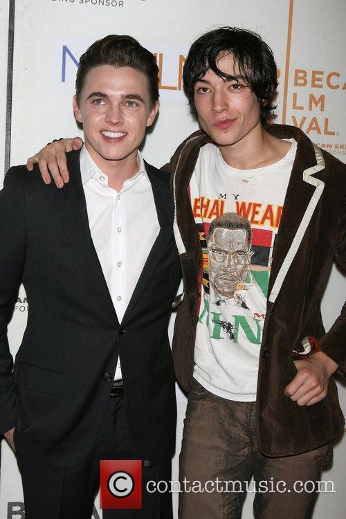 Jesse Mccartney and Ezra Miller 9