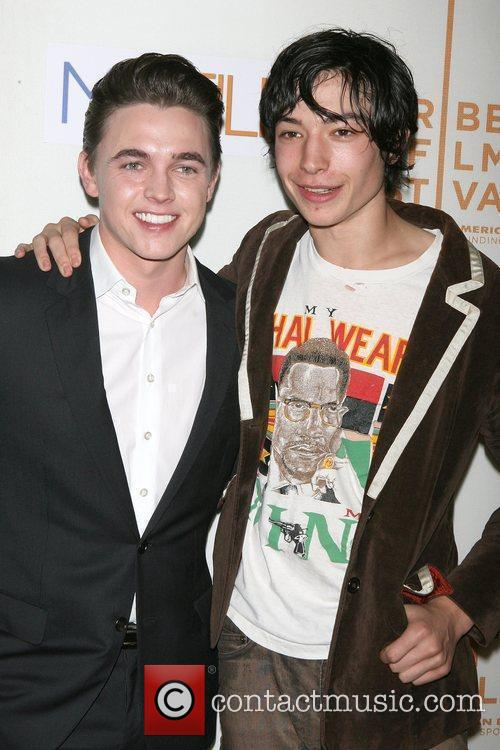 Jesse Mccartney and Ezra Miller 2