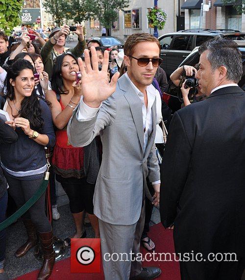 Ryan Gosling, Leaves