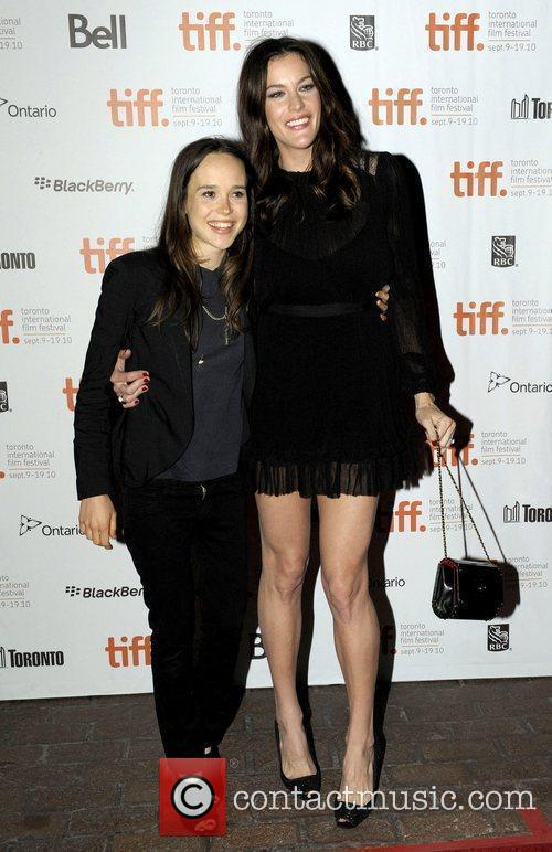 Ellen Page and Liv Tyler 4