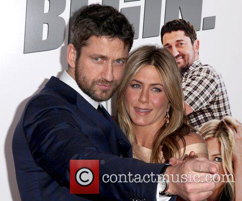 Gerard Butler and Jennifer Aniston 7