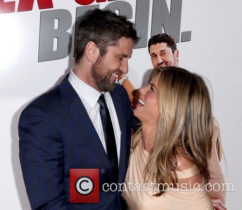 Gerard Butler and Jennifer Aniston 11