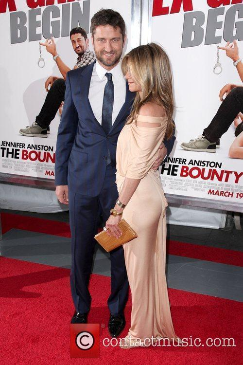 Gerard Butler and Jennifer Aniston 2