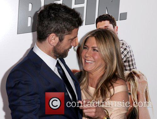 Gerard Butler and Jennifer Aniston 4