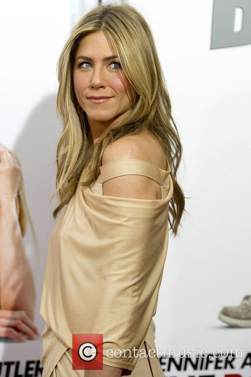 Jennifer Aniston 23