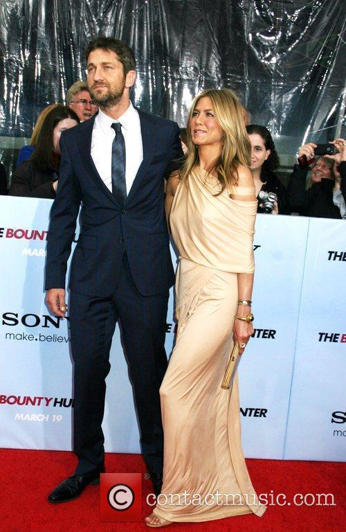 Gerard Butler and Jennifer Aniston 1