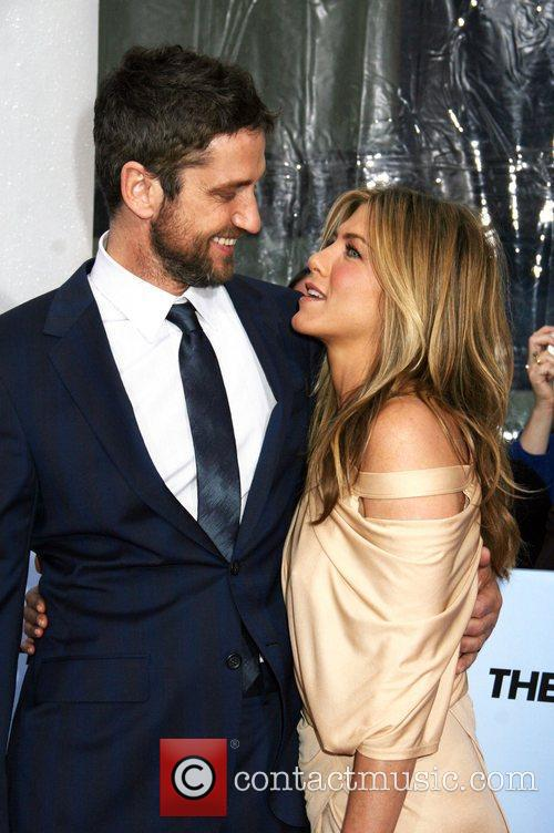 Gerard Butler and Jennifer Aniston 18